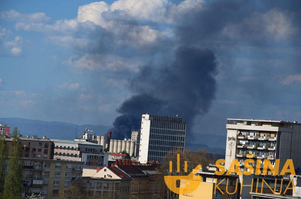 Požar u Karlovcu u blizini benzinske pumpe