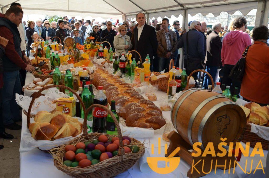VODICE – Uskrsni ponedjeljak, doručak na otvorenom (FOTOGALERIJA)