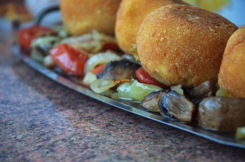 VIDEO – Punjene okruglice od krumpira i sezonsko povrće