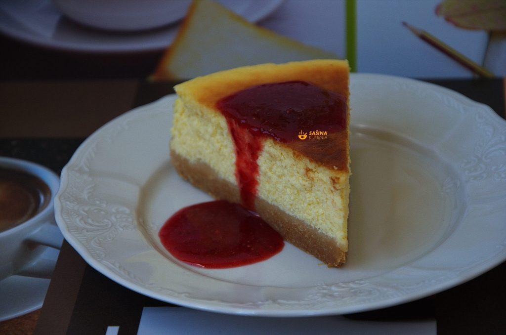 VIDEO – Cheesecake Recipe Recept (ASMR cooking sounds, duga verzija)