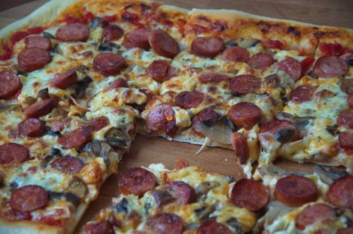 VIDEO – Pizza For Beginners Pizza Za početnike