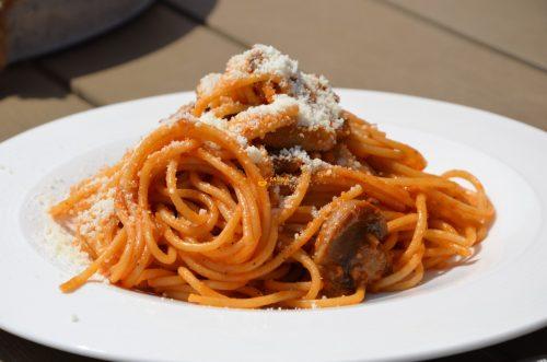 VIDEO – Specksi Pasta Špeksi Špageti