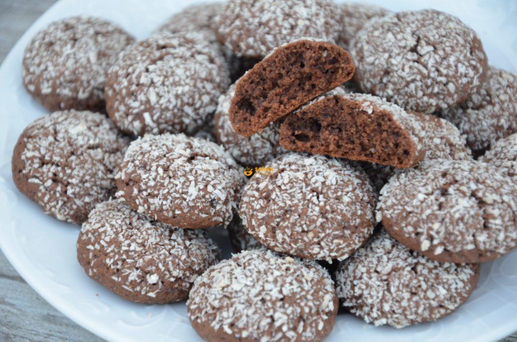 Čokoladni keksi sa kokosom jako brzi i ukusni