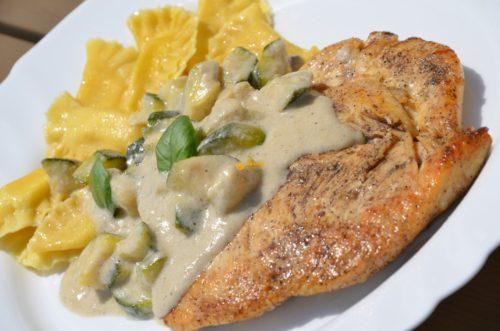 VIDEO – Ravioli Tortellini Chicken Breast Gorgonzola Zucchini Sauce
