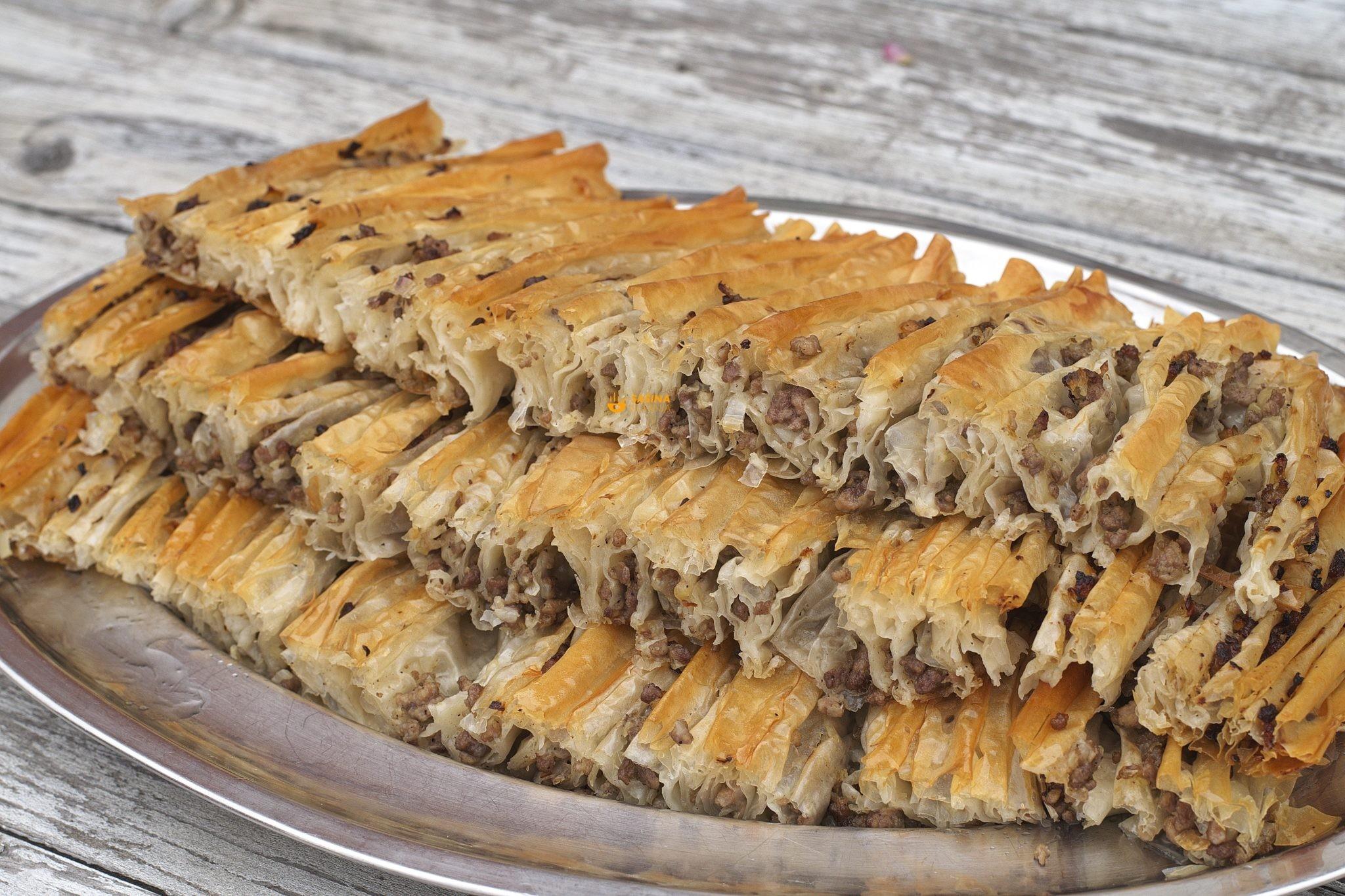 mesna pita harmonika lepeza sa kupovnim korama
