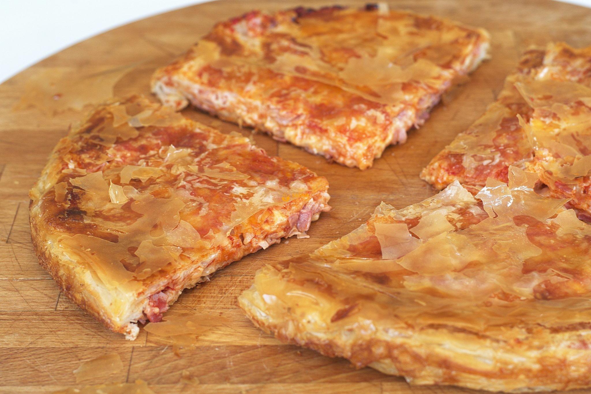 Pizza Pita Pizza Burek recept