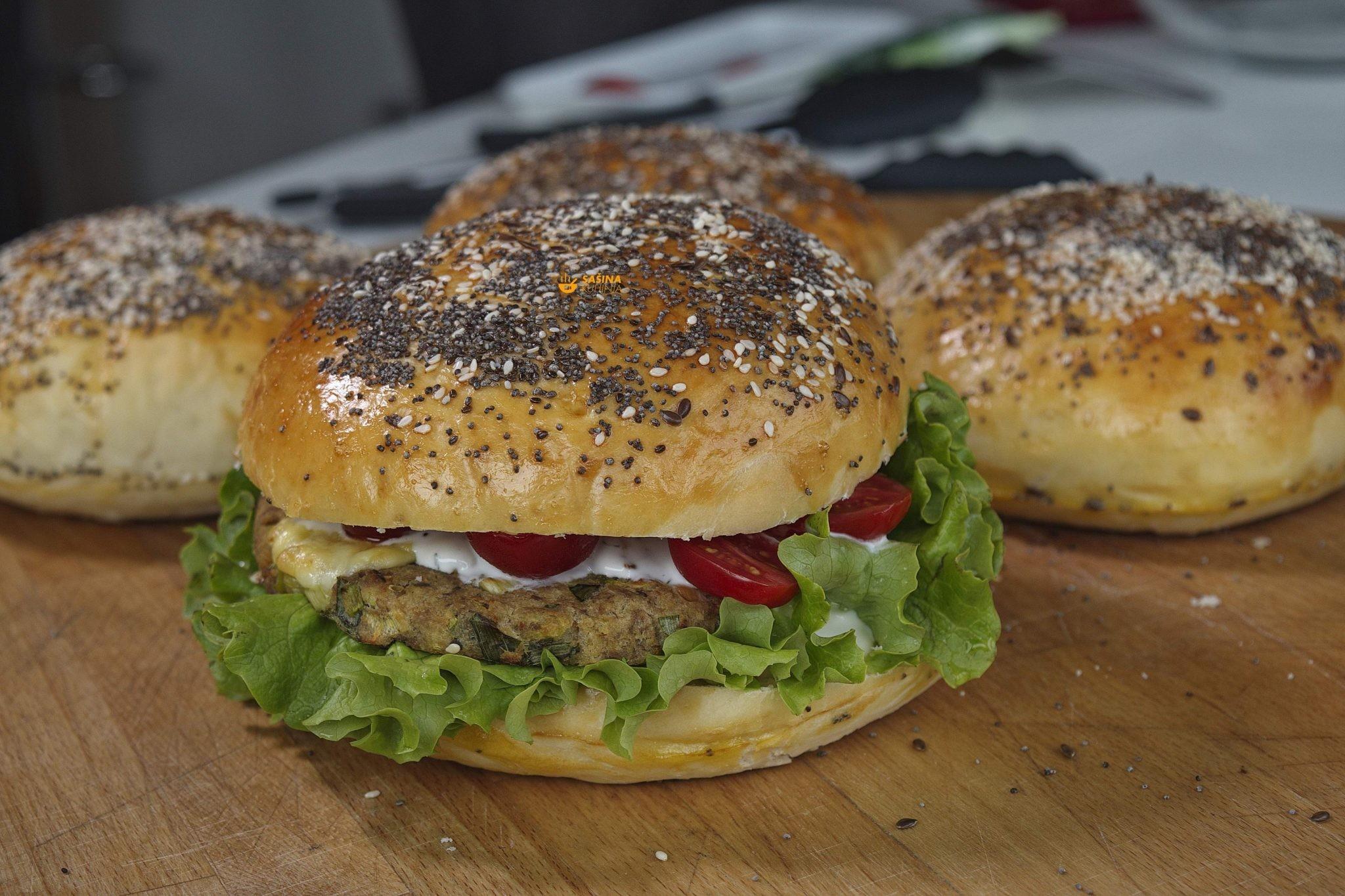 tuna burger hamburger peciva buns dough homemade domaća