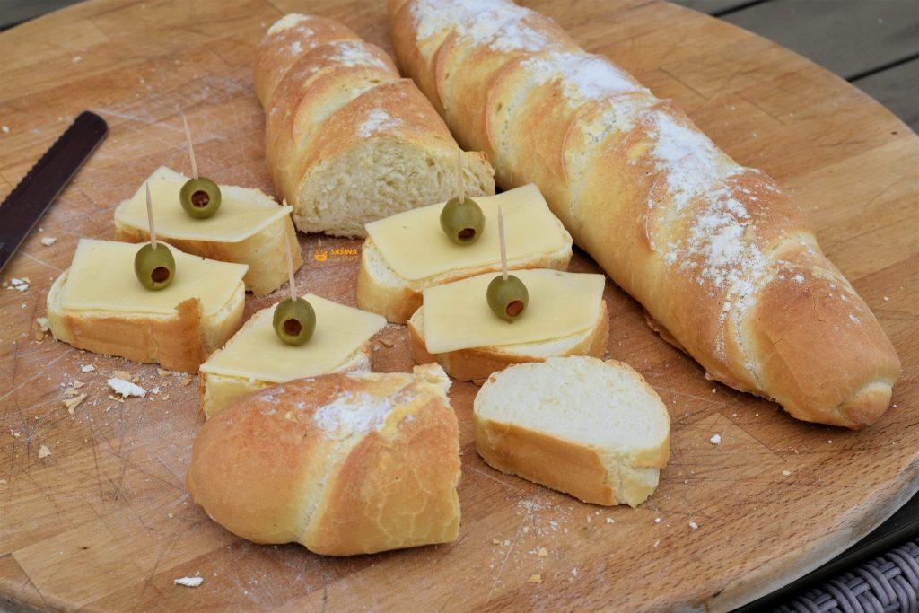 Grčki kruh recept sa grčkim a može i klasičnim jogurtom