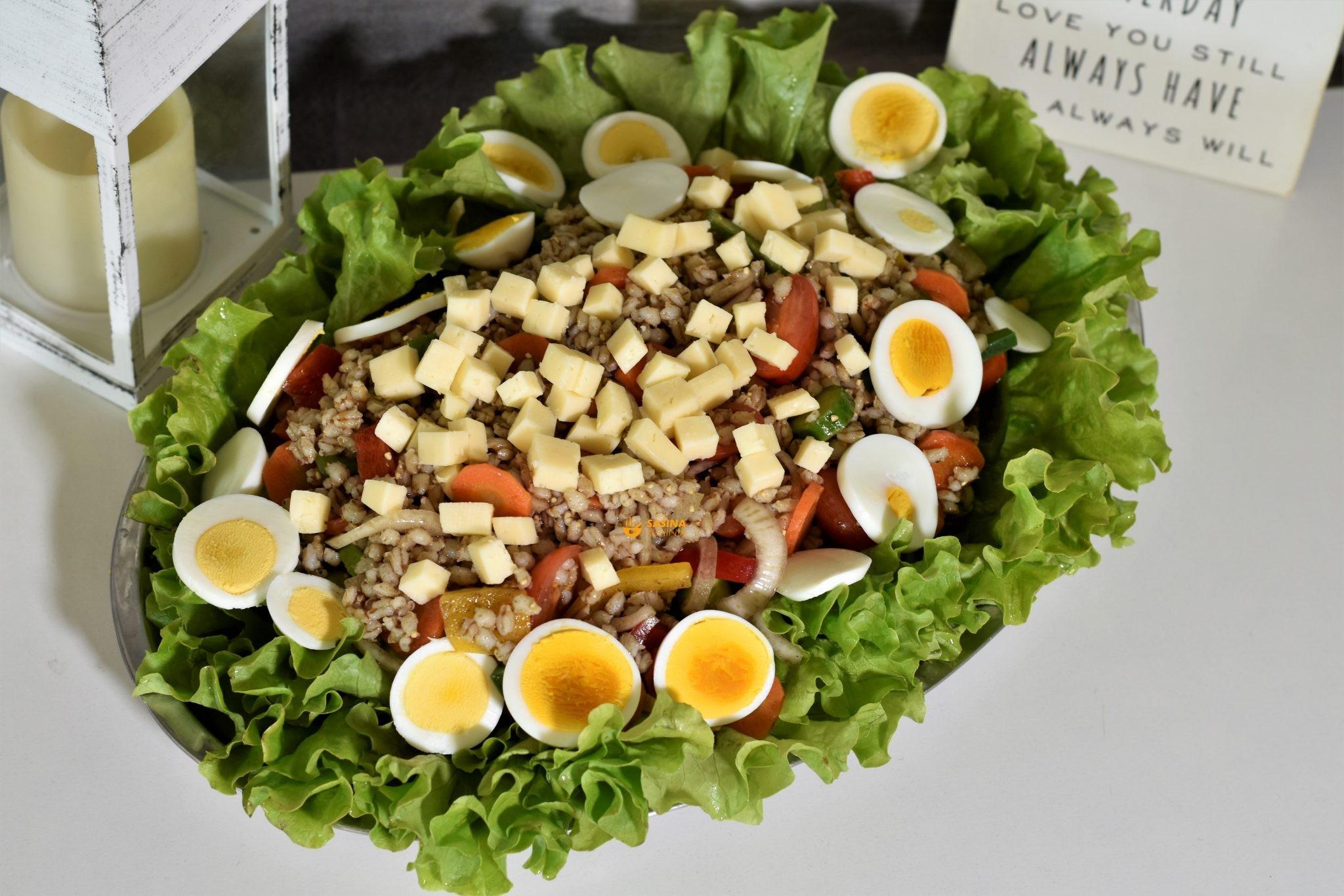 salata sa ječmenom kašom