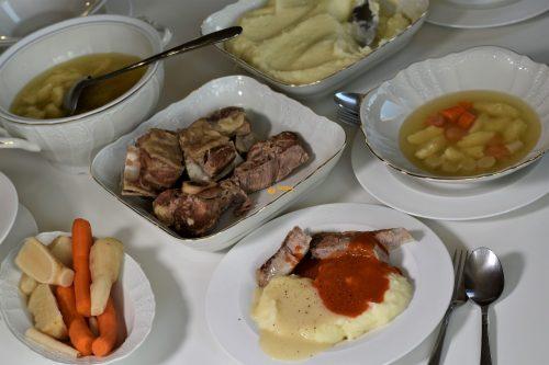 Teleća juha i prilozi recept