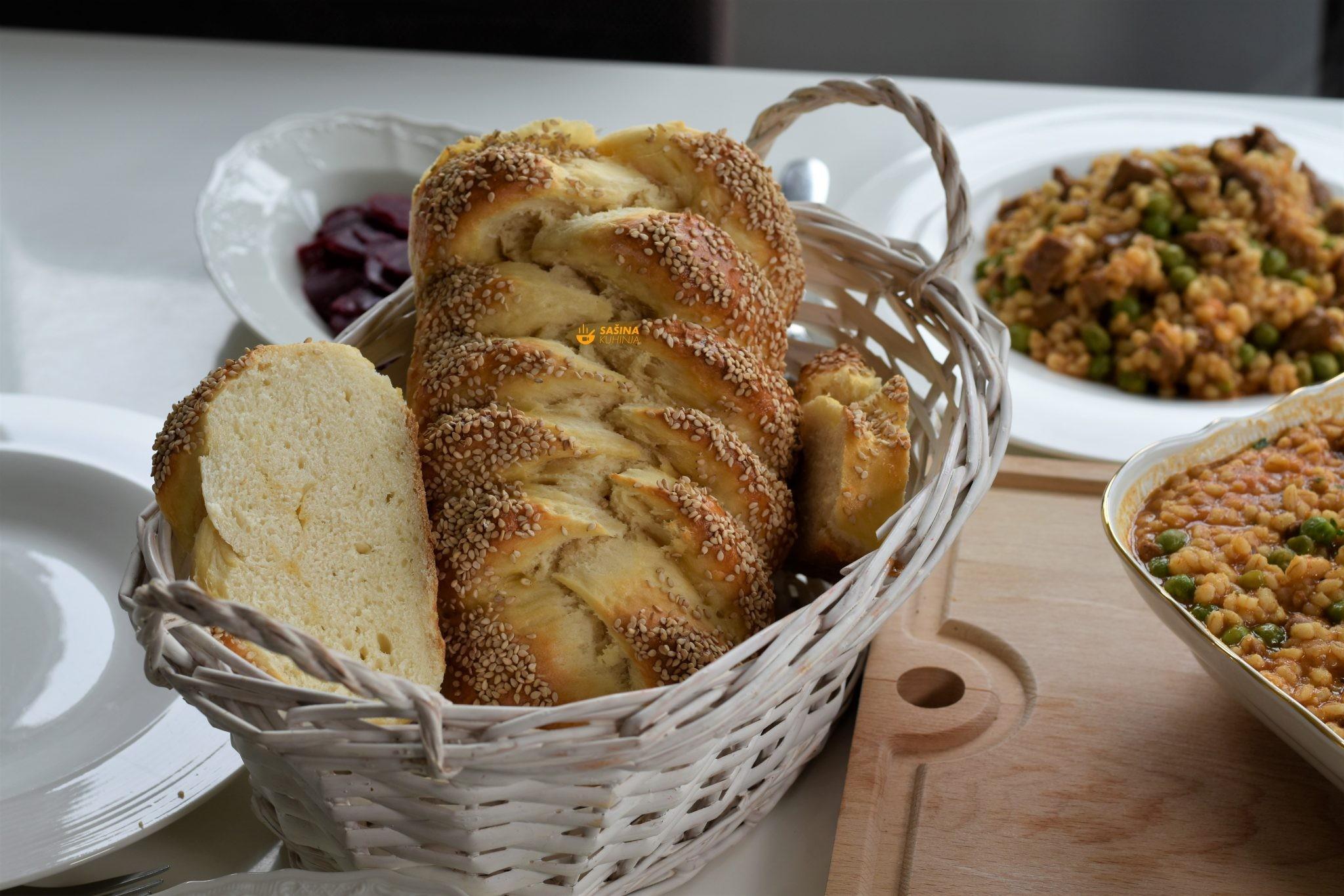 kruh bez kvasca mliječni beskvasni kruh