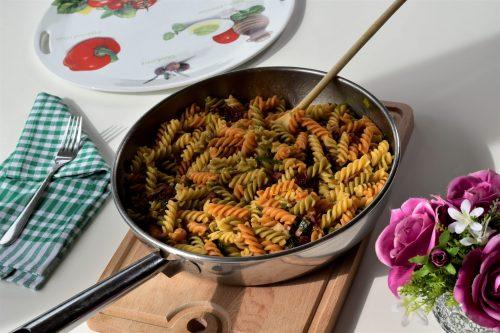 Sušene rajčice tjestenina