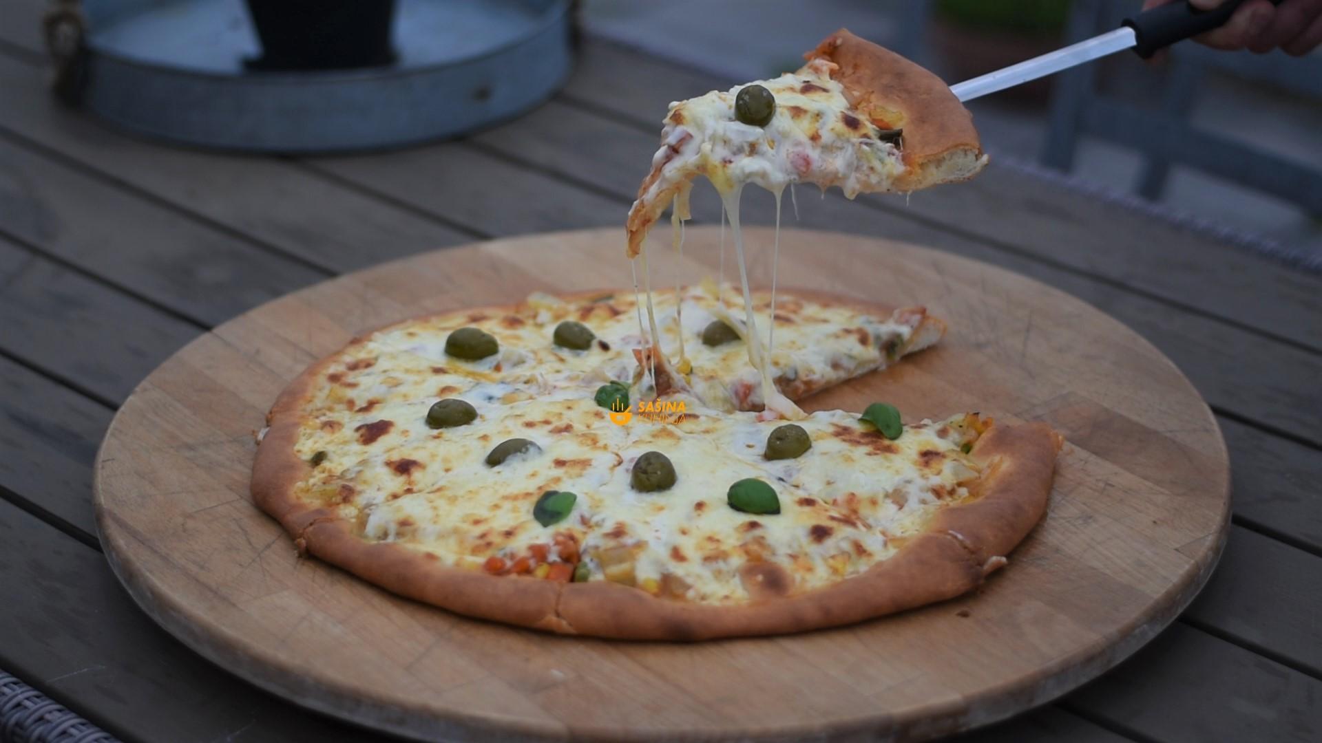 ljetna pizza par minuta posla savršenog okusa vege margarita