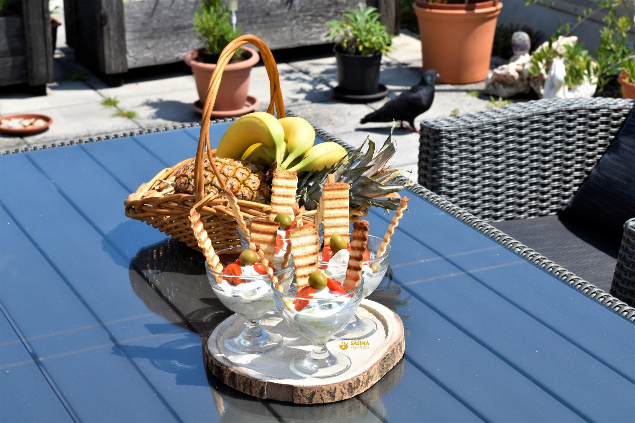 salata od krastavaca ili krastavci na salatu