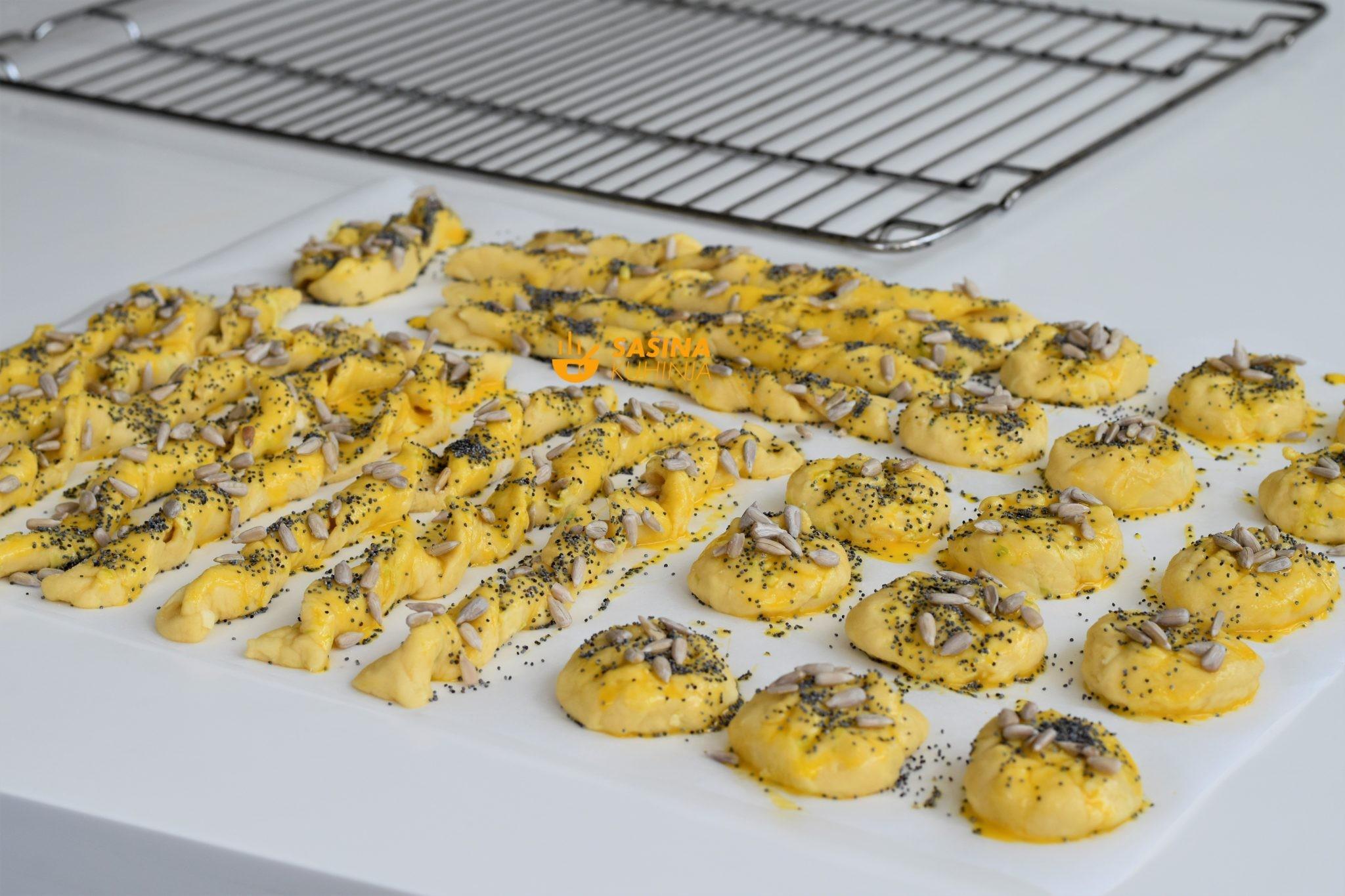 Štapići klipići zafrkanci pogačice sa trokutićima sira i tikvicama