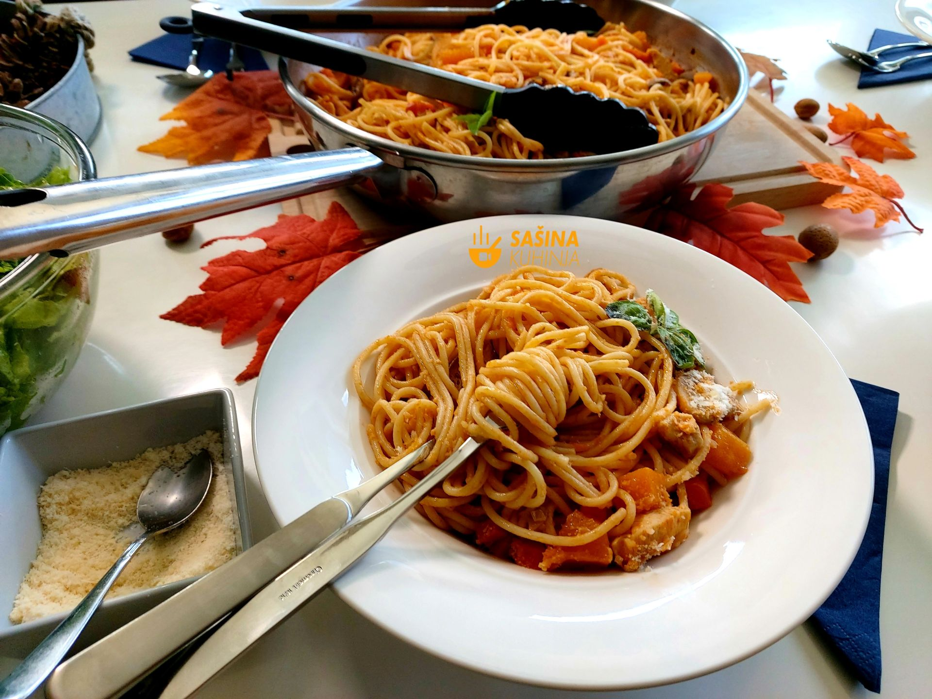 jesenja tjestenina sa piletinom muškatnom tikvom šampinjonima jesenski recept
