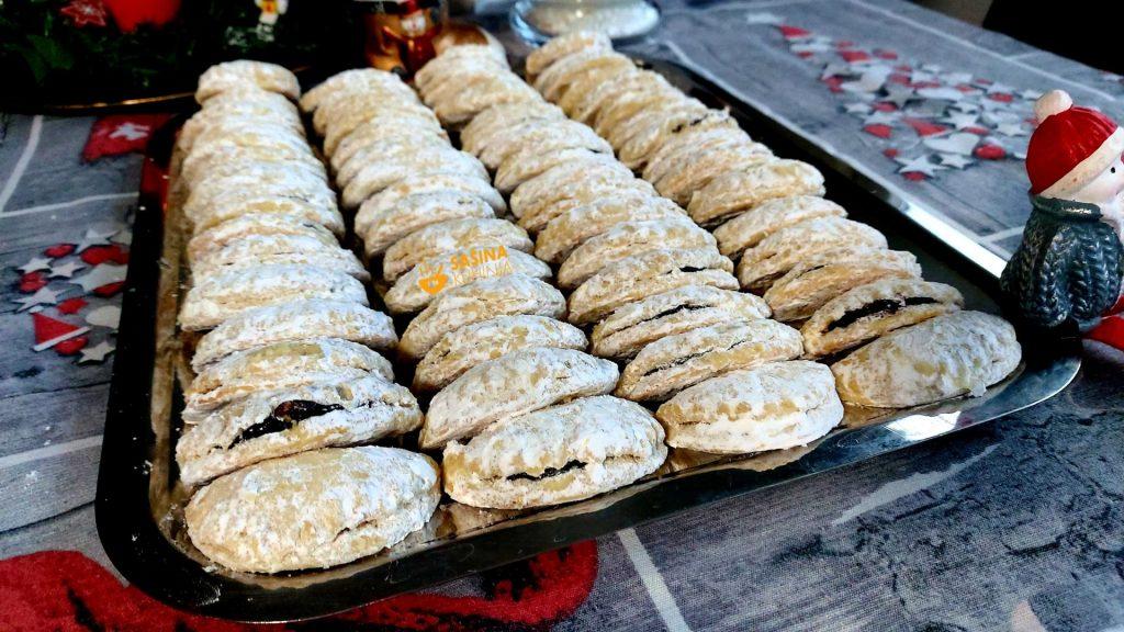 Božićne školjkice sa pekmezom od šljiva