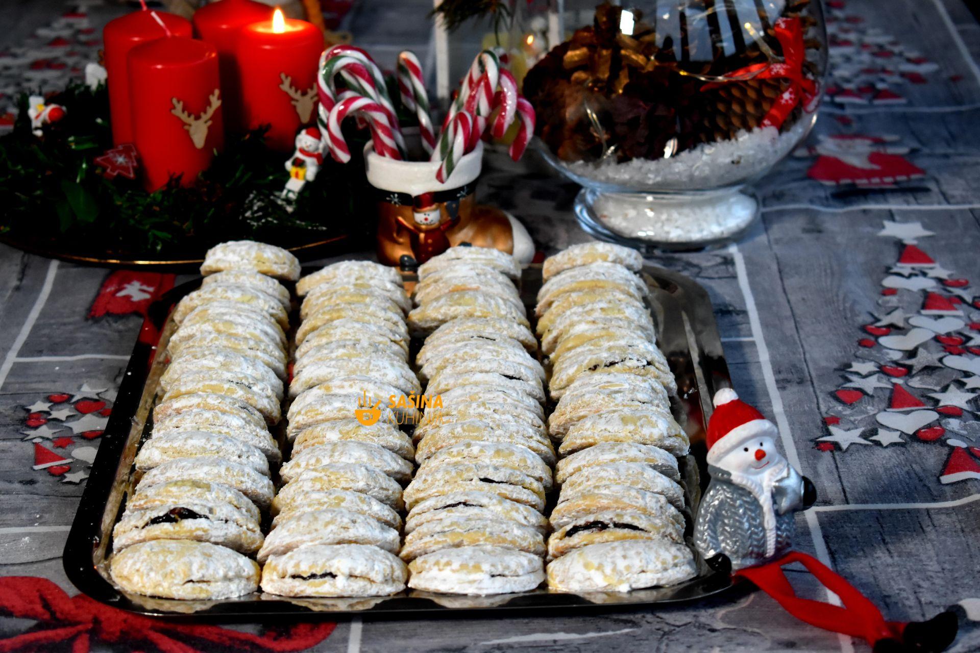 Božićne školjkice sa pekmezom od šljiva recept