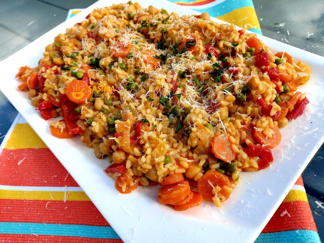 riža sa povrćem kao glavno jelo recept
