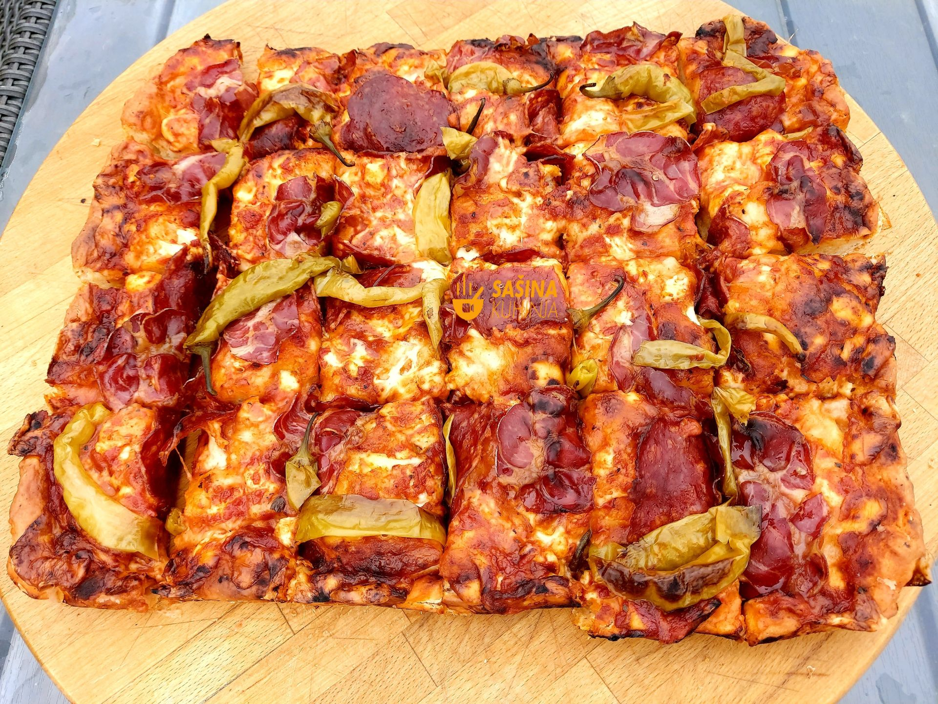 debela slavonka pizza slavonska debeljuca bucka sašina kuhinja recepti