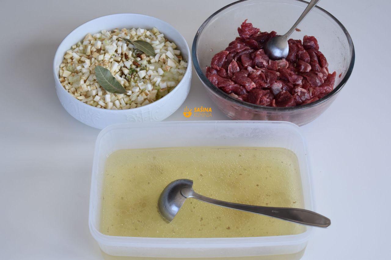 juneći gulaš recept sašina kuhinja