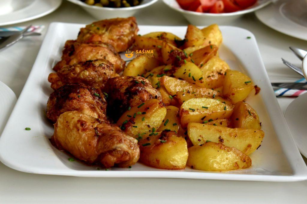 Punjeni pileći zabatak iz pećnice sa krumpirima