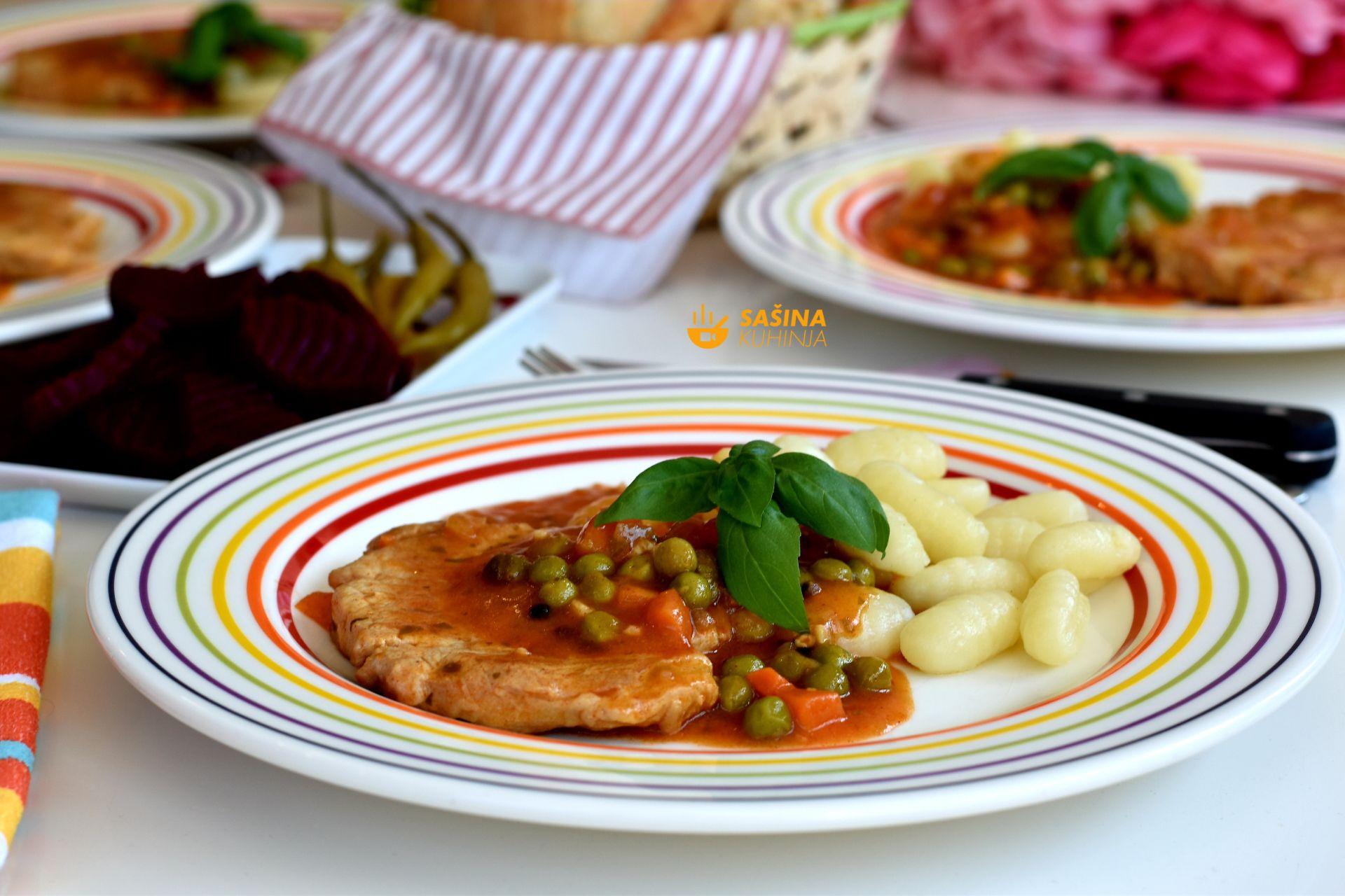minutni odrezak u brzom saftu kao ideja za ručak